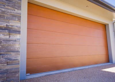 DecoWood® Garage Door - Flatline profile, Western Red Cedar colour