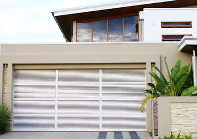 Custom Garage Doors & Residential Garage Doors | Steel-Line