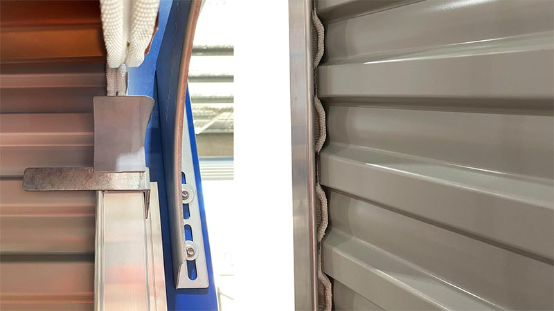 aluminium roller door track