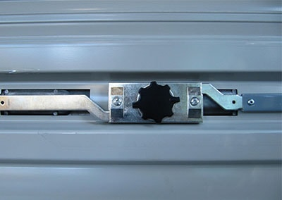 roller door lock